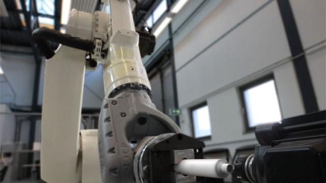 robot milling corian